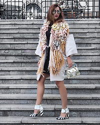 Luana Codreanu - Loulou Coat, Cathias Edeline Shoes, Cathias Edeline Mini Bag - LFW | #patterns