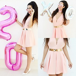 Marina Mavromati - Choies Pink Plunge Neck High Waist Skater Dress, Zaful Cut Out White Cat Eye Mirrored Sunglasses, Party Alphabet Number Foil Balloons - Celebrating 20k & Insta Tips!