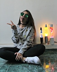 Karen Cardiel - H&M Hello Strangers Sweatshirt, Nike White Air Force 1, Zara Shiffon Choker, Green Circular Shades, Forever 21 Black Cotton Leggings - HELLO STRANGERS!
