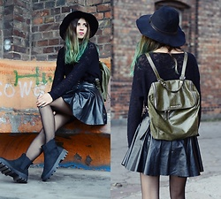 Ola Brzeska - Zaful Hat, Michael Kors Backpack, Cndirect Leather Skirt, Altercore Boots, Cubus Sweater - Altercore