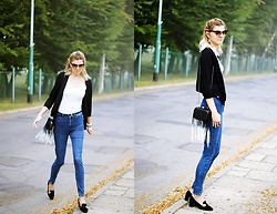 Kamila Krawczyk - Lidl Poland Sweater, Lovelywholesale Bag, Lovelywholesale Shoes, H&M Jeans, Primark Top - 90`s look