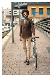 Dualleh Abdulrahman - Van Gils Diy Double Breasted, Suit Supply Semi Spread Silk Shirt, Canda Diy Chino, Thrift Store Diy Brogues, Profumo Gold Tie - Autumn