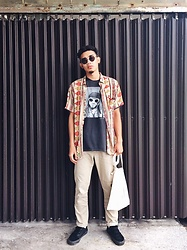 Dalu 高 - Dickies Pants, Vans Shoes - What the day