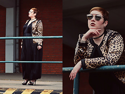 Luciana Blümlein - Beth Ditto Jumpsuit, Murek Hamburg Blazer, Ysl High Heels, Dior Sunglasses, Dior Earrings, Jennifer Fisher Choker, Hermès Bracelet - • Modern Leopard •