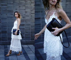 Jillian Lansky - Celine Black Box Bag, Self Portrait White Lace Dress, Steve Madden Nude Pumps - Self-portrait