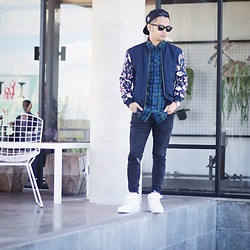Poldo Napitupulu - Pull & Bear Tartan Shirt, Bershka Bomber Jacket, Bershka Denim Pants, Nike Air Force One, Daniel Wellington Dapper Bristol - My weekend outfit