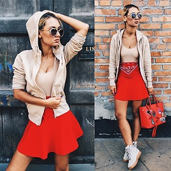 BO4GO - Pull & Bear Red Skirt, Nike Air Force One Suede - Monday to School