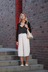 Martyna Lupa - Bershka, New Yorker, Dorothy Perkins, Michael Kors - White culottes