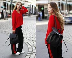 Dominique B. - Tamaris Backpack, Zara Blouse, Superga Sneakers - Sporty on my way