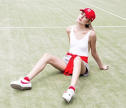 Ebba Zingmark - Shorts, Chiquelle Swimsuit, Monki Sweater, Nike Sneakers, Meredith Braden Photo - CHILL OUT