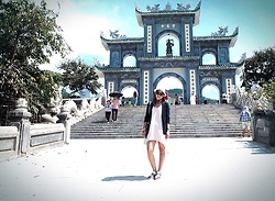 Alice -  - Linh Ung Temple