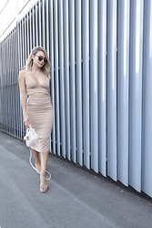 Sonja Kovac - Rebecca Stella Two Piece Dress, Jimmy Choo Shoes, Furla Bag, Christian Dior Sunglasses - NUDE TONES | DAILY AND EVENING OUTFIT IN ONE