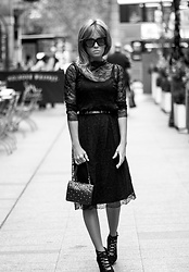 Isabel Selles -  - Lace-midi-dress