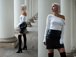 MONIKA S - Crystal Choker, Cropped Open Back Sweater, Coated Leather Mini Skirt, Overknee Thigh Boots, Furry Bag With Chain - LOST MEMORY