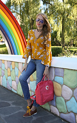 Natalie A - Billabong Daisy Blouse, Fjallraven Kanken Backpack, Keds Leather Champion, Levi's® 501 - Wonderland