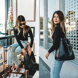 Pam Hetlinger - Levi's® Jeans - 3 Accessories that Never Go Out of Style
