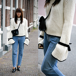 Iris . - J.W. Anderson Sweater, Vetements Jeans, Celine Shoes - THE J.W ANDERSON SWEATER