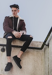 Chris Stringer - Farah Shoes, Zara Denim, River Island Jacket, Farah Cap, Zara Tshirt - On the edge