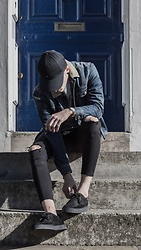 Chris Stringer - Farah Shoes, Zara Denim, Allsaints Distressed Denim Jacket, Tommy Hilfiger Cap, Cheap Monday Jumper, Royal London Watch - Grunge