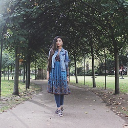 Chichi Http://www.thestyletune.com - Mango Denim Jacket, East Dress, Mango Raw Edge Denim, East Back Pack - Why dress over pants, lfw ss17 final outfit