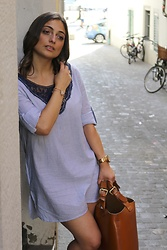Clarissa C. - Calzedonia Blue Dress, Zara Brown Bag - Summer outfit