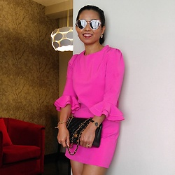 Ladyredgie -  - Lady in pink