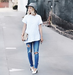 Lauren - Ag Ripped Denim - The Blues