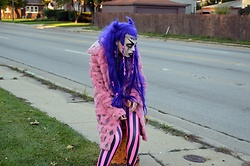 Squeak Starzula - Black Milk Clothing Neon Beetle Juice Pink Leggings - Creepy Squeak