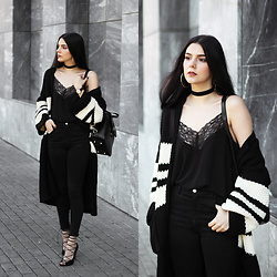 CLAUDIA Holynights - Sheinside Lace Top, Vipme Backpack, Chic Wish Cardigan, Na Kd Lace Up Shoies, Daniel Wellington Watch - Chunky cardigan and lace top