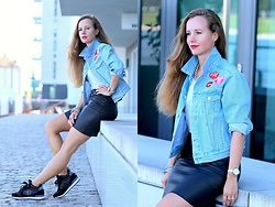 Rimanere Nella Memoria - Asos Denim Jacket, H&M Skirt, Skechers Sneaker - Denim & Patches