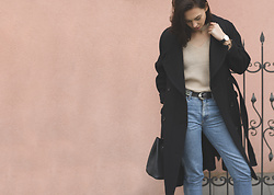 Toma Muznikaitė - Zaful Nude Choker Sweater, Zaful Bag, Wrangler Mommy Jeans, H&M Studio Aw16 Coat, Daniel Wellington Watch, Laurél Belt - It's been 5 years