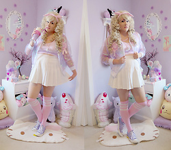 PastelKawaii Barbie - Trash Queen Pink Gingham Crop Top, Mola Holographic Sheer Varsity Jacket, Dollar Tree Princess Badge, Ebay White Pleated Skirt, Ebay Pink Referee Over Knee Socks, Journeys Lavender Converse Shoes - ♫ I wanna be a bottle blonde...♫