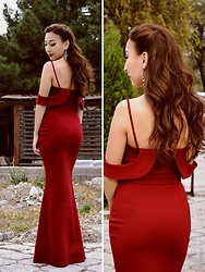 Aipery Baitemirova -  - Evening dress