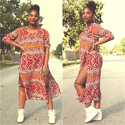 Robyn The Bank - Vintage Africana, Diy Fishnet Shorts - Good Vibes