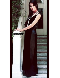 Hanna From HOLLAND - Pearl Necklace, Bianco Nevri Long Handmade Dress - Gothic Hanna