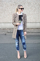 Martina Reynolds - Sheinside Leopard Print Coat, River Island Boyfriend Jeans, Asos Bow Collar Top - Animal Instincts