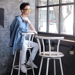 Arif Supandy - Ray Ban Sunglasses, Levi's® Blue Jeans Jacket, A Coup D Etat White Sneaker - Waiting for Coffee