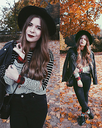 Elaine Hennings - Topshop Striped Jumper, H&M Checked Blouse, Asos Jeans, H&M Hat, Vero Moda Jacket, Dr. Martens Shoes, Asos Bag - Layering For Fall