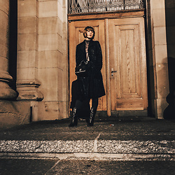 Lary Rauh - Black Vintage Fake Fur Coat, Silver Grey Shiny Turtleneck, Hallhuber Black Cross Body Bag, H&M Black High Waist Jeans, Massimo Dutti Black Leather Boots - Night at the opera