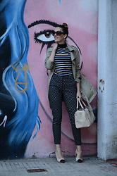Elisabeth Green - Zara Shirt, H&M Polka Dots Pants - Prints and Bun