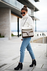 Marielle - Gucci Bag, American Apparel Jeans, Acne Studios Shoes, Sheinside Sweater - Chunky turtleneck