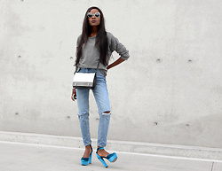 Rachel O. - Sns Distressed Sweatshirt, Michael Kors Bette Color Block, Sns Mom, Migato Velvet Heels - 5 Reasons to add a pop of color in your wardrobe