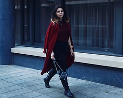 Anna Lorena . - Winser London Coat, Aldo Boots - Red Riding Hood