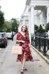 Natalie A - Yoins Wrap Dress, Rebecca Minkoff Mab Tote, Nine West Espadrilles, Choker - Made in Chelsea