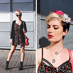 ♡Nelly Kitty♡ - Zara Pink Flower Crown, H&M Floral Mini Dress, Marc By Jacobs Pink Leather Bag, Shellys London Black Platform Ankle Booties - Pink Flowers