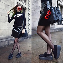 Ola Brzeska - H&M Vampire Blouse, Sinsay Skirt, Demonia Creepers, New Look Tassel Bag, Zaful Red Sunglasses - Vampire