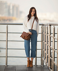 Viktoriya Sener - Romwe Sweater, Zaful Jeans, H&M Bag, Mango Booties - SIMPLE SATURDAY
