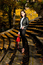 Anna Puzova - Dresslink Jacket, Light In The Box Jumper, H&M Jeans, Asos Flats, Cndirect Bag, Whistle + Bango Customized Bangle - How to look Parisian... in Cēsis