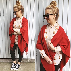 Matylda - Mohito Fox Shirt, Second Hand Poncho, Zara Jeans, Converse Shoes, Stradivarius Sunglasses - Fox shirt & poncho