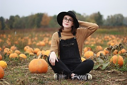 Sophie - Free People Kiley Slim Overall, Free People Clean Slate Felt Hat, Converse All Star High Top - Pumpkin Patch